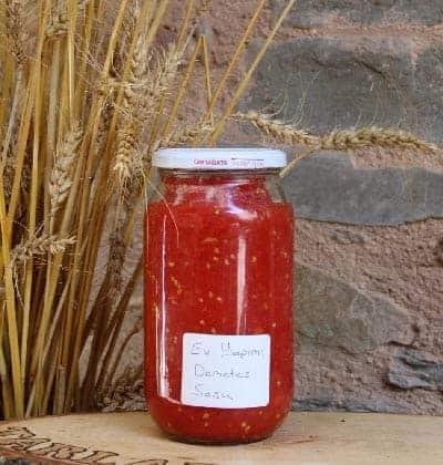 ev-yapimi-domates-sosu